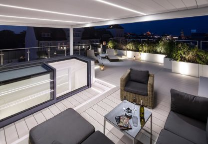 LUXURY APARTMENT WITH SEA VIEW AND TERRACE